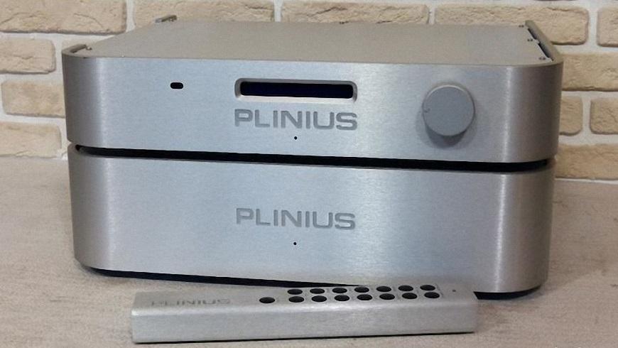 4. Power ampli Plinius P10