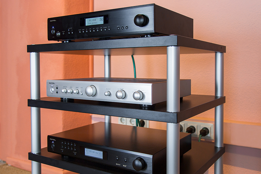 ampli Rotel A 12 chat luong