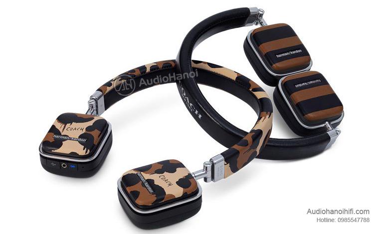 1. Tai nghe Harman Kardon Soho Wireless Coach Limited Edition
