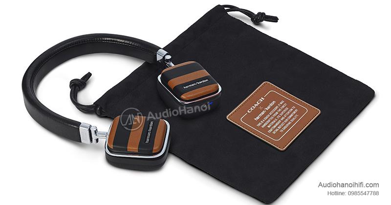 2. tai nghe Harman Kardon Soho Wireless Coach Limited Edition