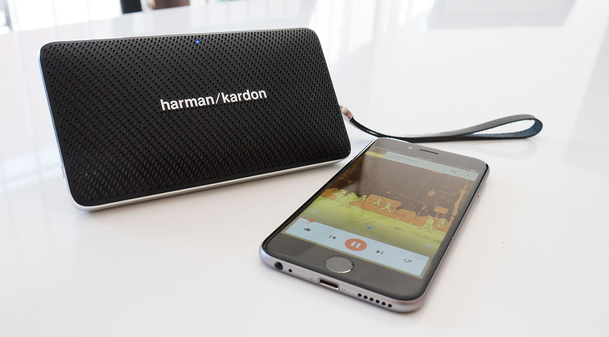 4. Loa Harman Kardon Esquire mini