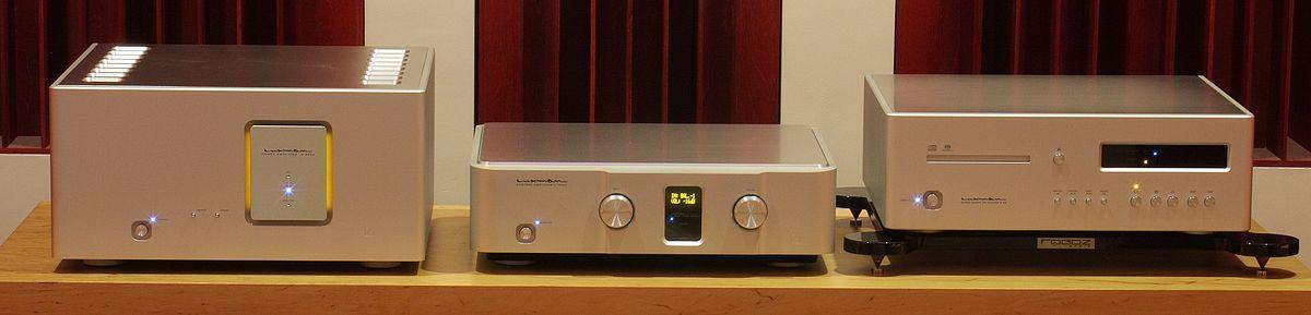 4. power ampli luxman M-800A
