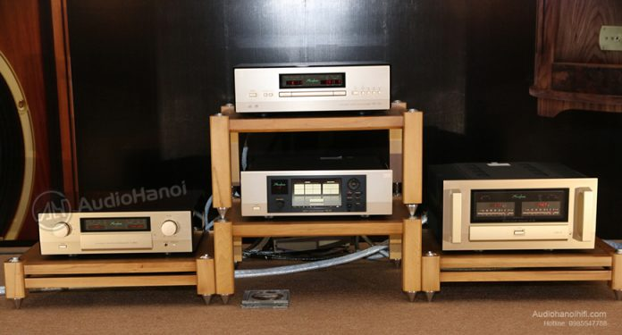ampli Accuphase