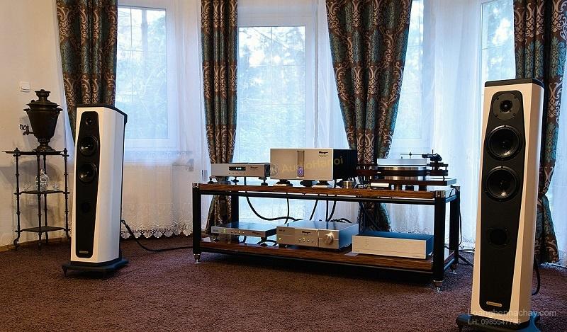 Loa AudioSolutions Rhapsody 80 dep