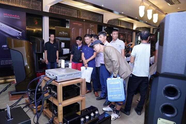 Vietnam Hi-end Show 2018 chat