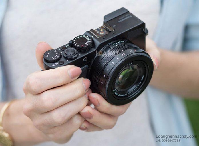 May anh compact Panasonic LX100 chuan