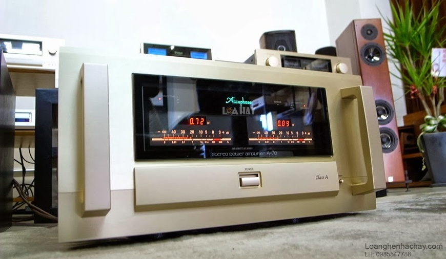 Power ampli Accuphase A-70 tot