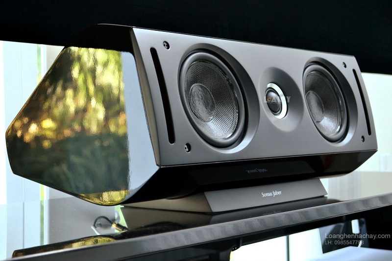 Loa Sonus Faber Venere Center chat