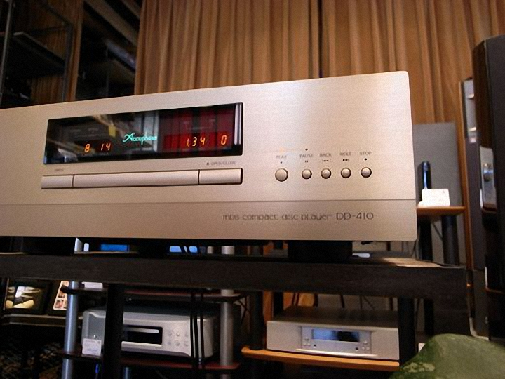 Dau CD Accuphase DP-410 tot loanghenhachay