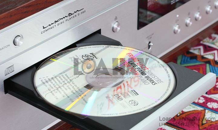 Dau CD/SACD Luxman D-380 can canh loanghenhachay