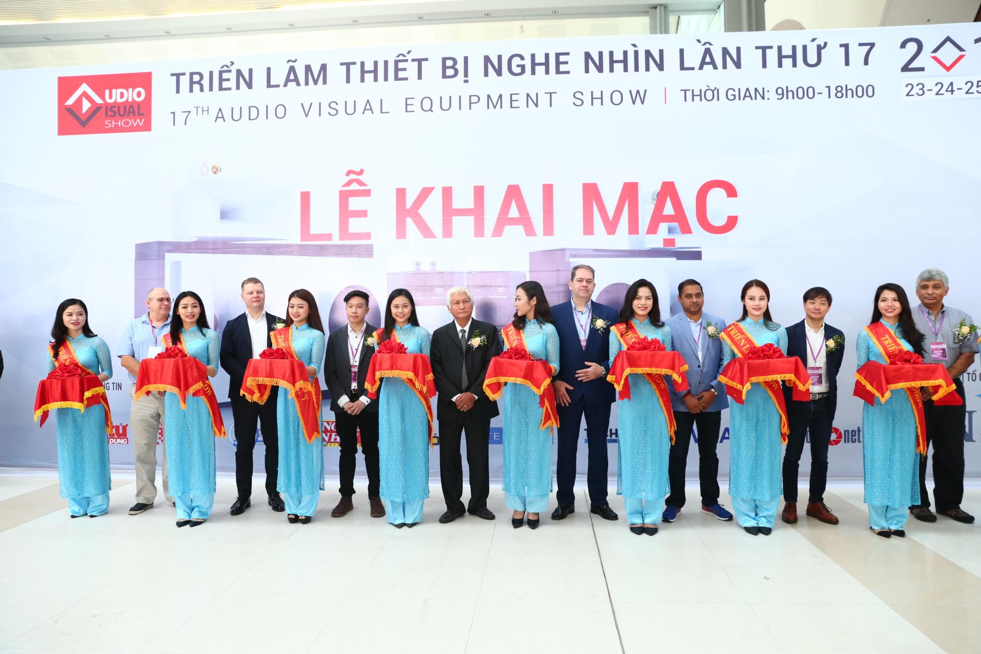 Khai mac AV Show 2019 1
