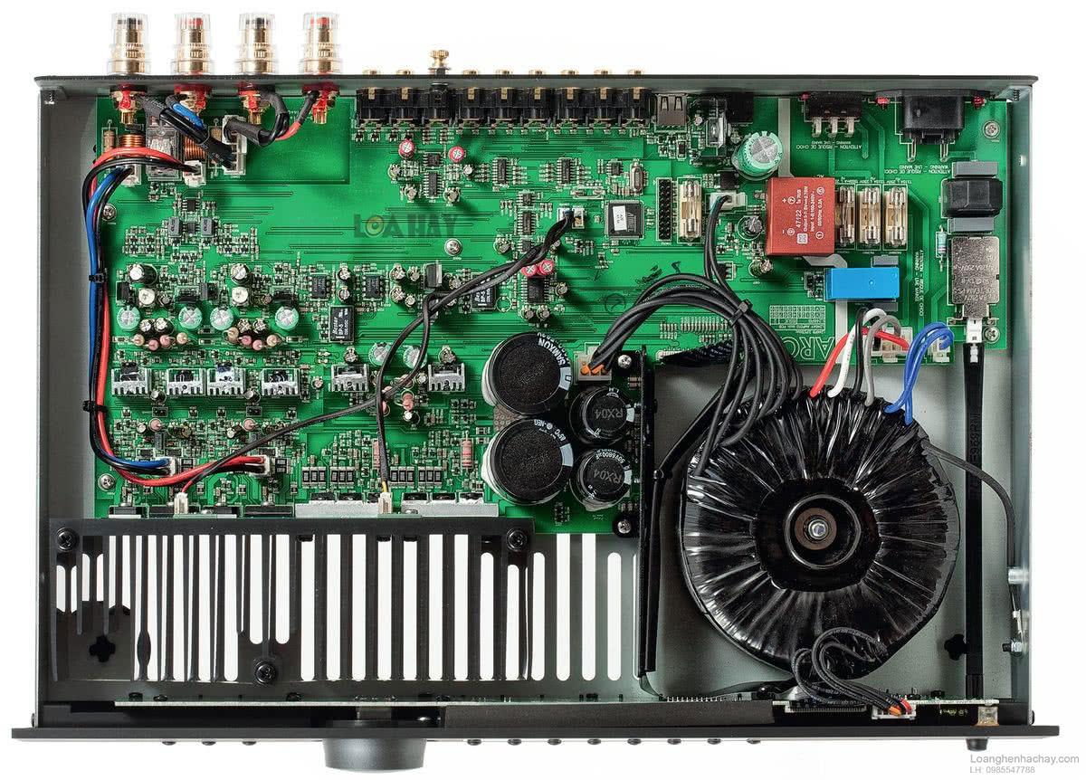 Những trang bị tiên tiến trên chiếc ampli Arcam FMJ A29 ben trong
